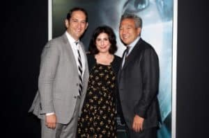 (l.-r.) Greg Silverman, Susan Kroll, and WB CEO Kevin Tsujihara