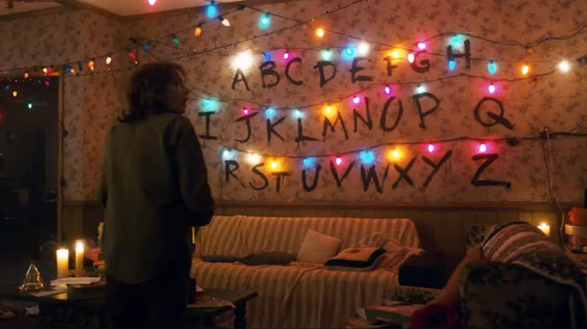 stranger things byers living room